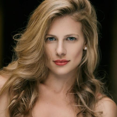 Justyna Kelley by Benoit Billard